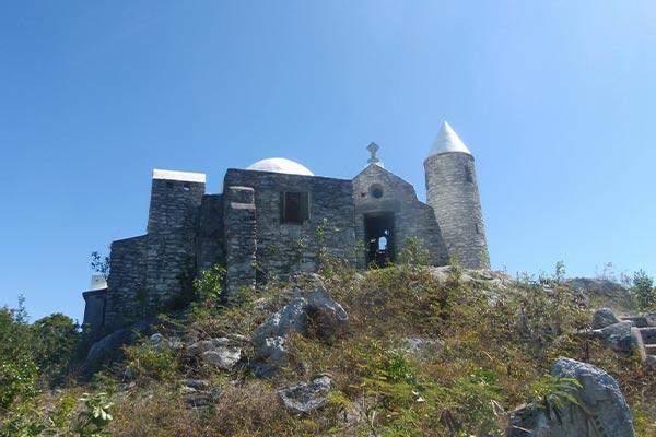 mount-alvernia-cat-island-bahamas