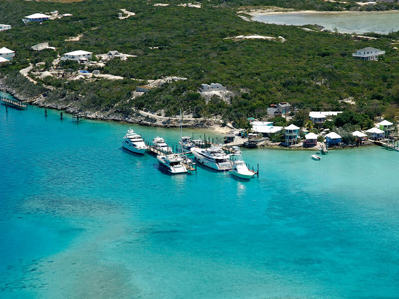 Private Charter flights to Staniel Cay Bahamas